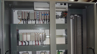 Commercial & Industrial Electrical Products